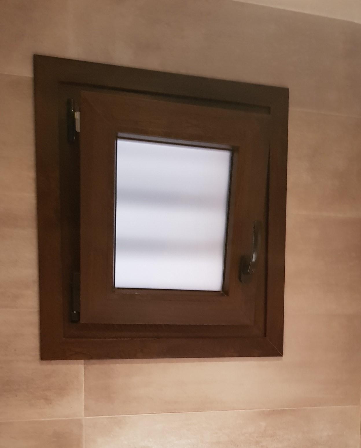 ventana bañopvc